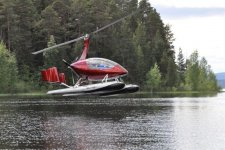 Autogyro Calidus met floats